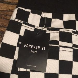 Forever 21 Pants - 🔥CHECKERBOARD pants 🔥black & white pattern